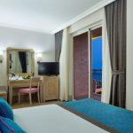 deniz manzaralı standart oda